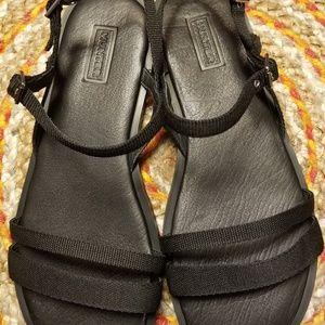 Hunter women sandals NWOT